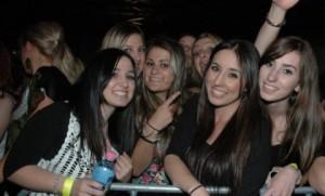Fanovi Cece tokom koncerta u Melburnu