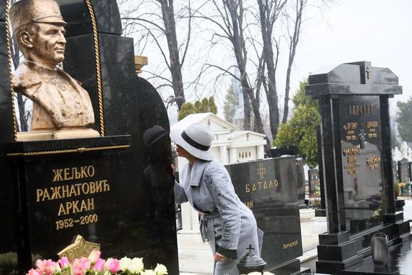 Ceca na pomenu željku Ražantoviću Arkanu